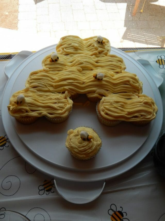 beehive cupcakes for bee themed party